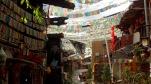 Shangri La et ses drapeaux de prière.